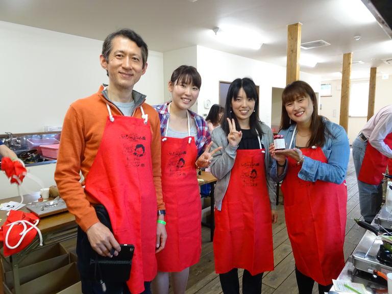 ジャム作り集合写真2017北海道ホスピタリティ研修SEP4_8DSC05779s.jpg